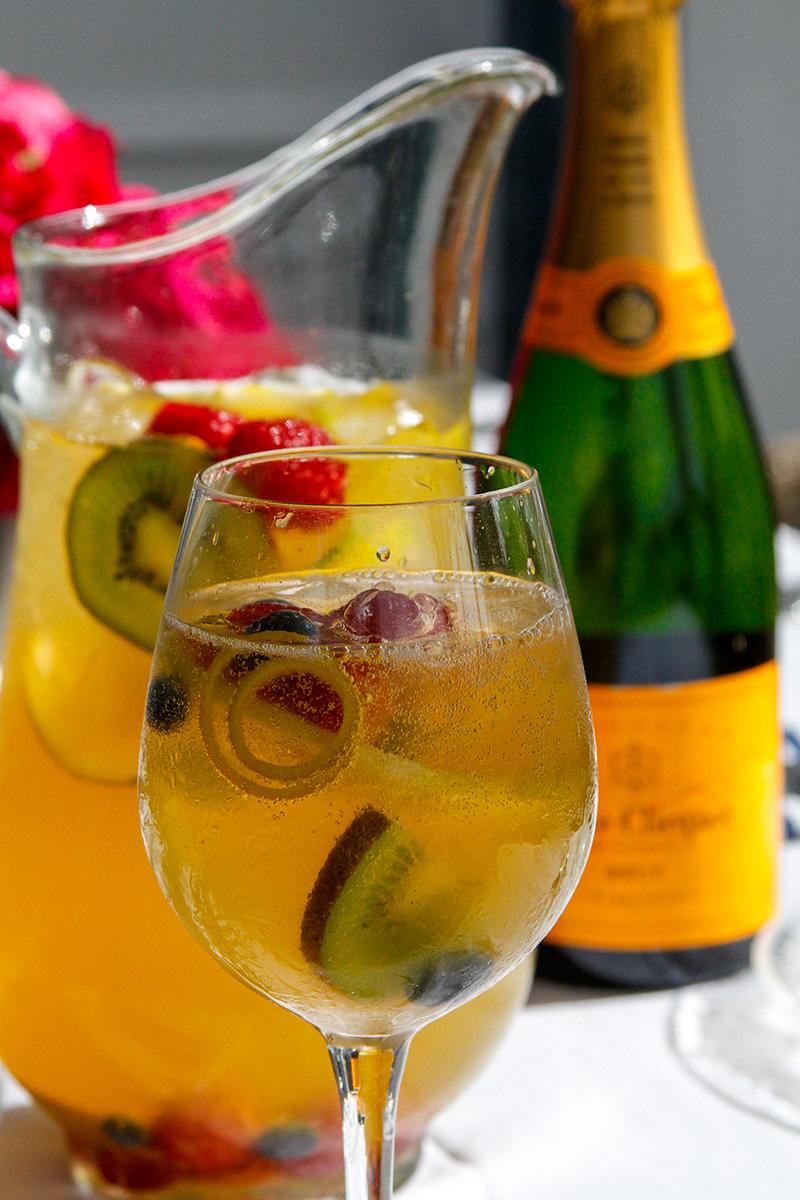 quin-farara-champagne-sangria-cocktail-1